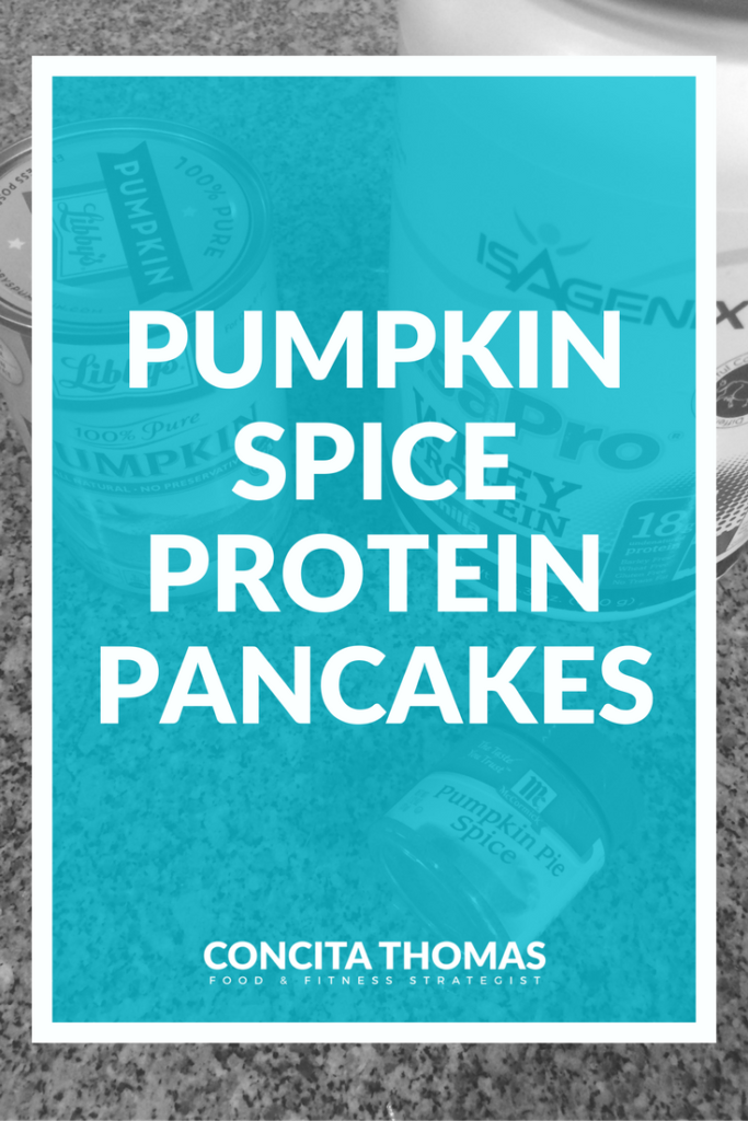 Pumpkin Spice Protein Pancakes: If you are tired of missing out on your favorite flavors and dishes on your weight loss journey, this recipe is for you. Click through for a delicious protein pancake recipe packed with a tons of pumpkin spice flavor without any of the sugar. Protein Pancakes, Pumpkin Spice, Clean Eating, Protein Pancake Recipe